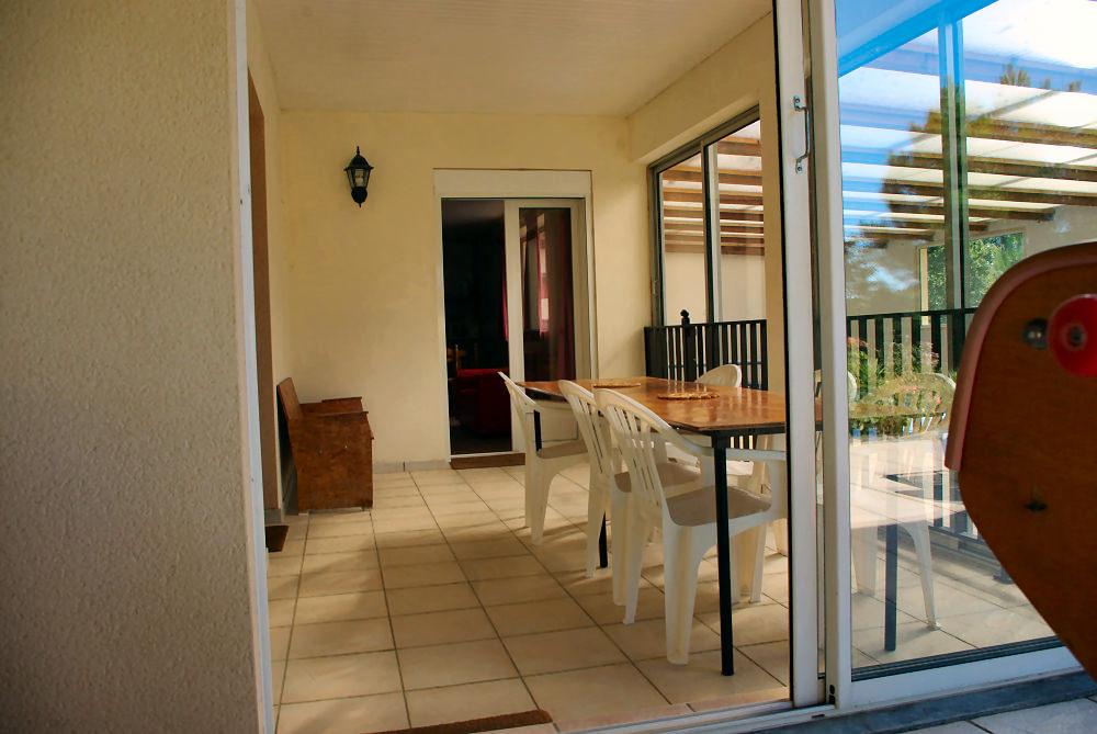 location saisonniere avec piscine en aveyron les r sidences de bois richard. Black Bedroom Furniture Sets. Home Design Ideas
