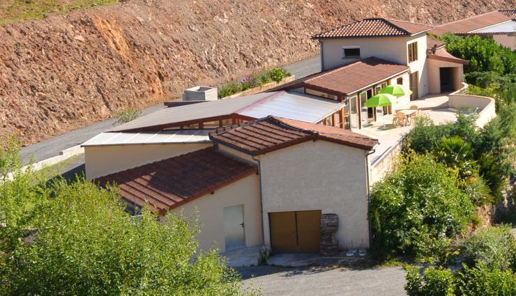Location villa avec piscine en aveyron les r sidences de - Location aveyron piscine ...